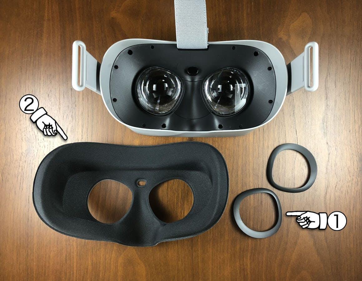 眼鏡スペーサーを装着するためにレンズ周りのパーツを外し、その後クッションを取り外す - Oculus Go